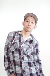 審査員 TSUYOSHI